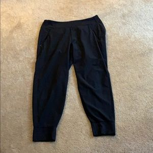 Athleta joggers size 12P in black